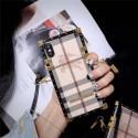 burberry iPhone 11/11pro/xr/xs max/xsケース バーバリー iphone x/8/7スマホケース ブランド Iphone6/6s Plus Iphone6/6sカバー ジャケット 箱デザイン ストラップ付き